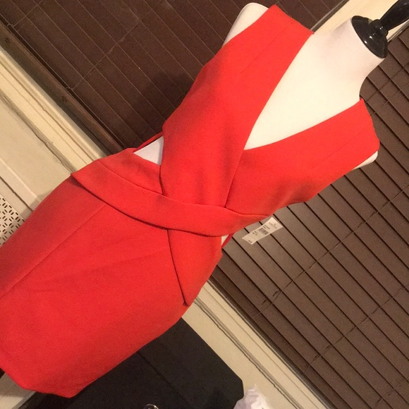 Kendall & Kylie Dresses & Skirts - Kendall + Kylie Red Cut Out Dress SMALL